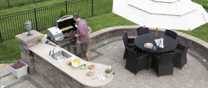 The Advantages of Installing an Outdoor Kitchen